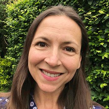 Dr Nina Muirhead